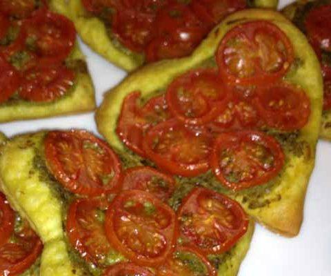 sfoglie pesto e pomodorini