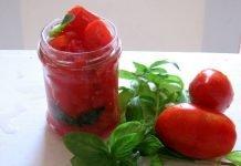 passata di pomodoro casalinga