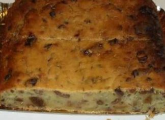 pinza o torta di pane e frutta secca