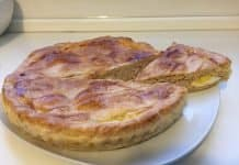 Torta salata tonno uova e cipolla