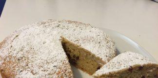 Torta di pane e uvetta